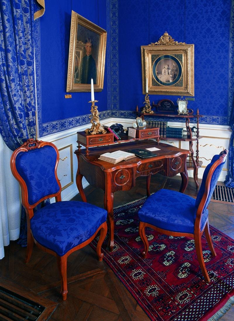 Erzsébet Királyi öltöző- és írószobája / Queen Elisabeth's dressing and writing room